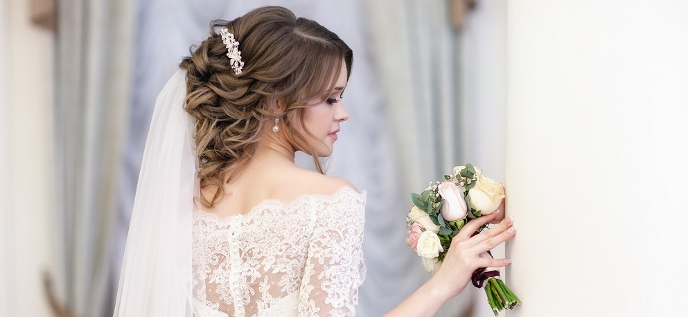 Why Hire Professional Hair and Makeup for Your Big Event